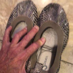 Yosi samra brown gray size 8. NEVER WORN brand new
